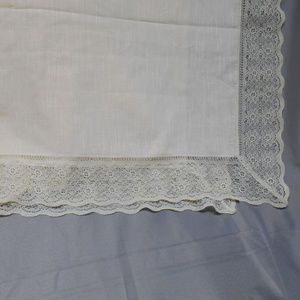 """Other - Pale yellow lace trim table cloth 88"""" x 69"""""""